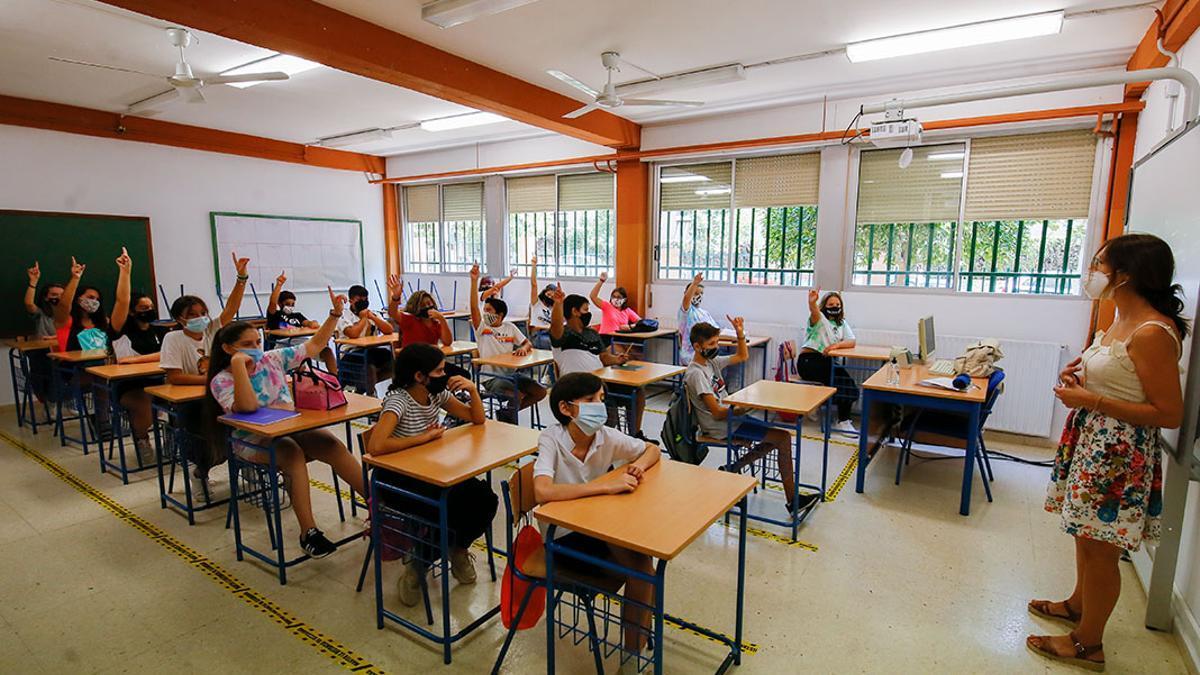 VueltaESOGrupoCantico15 - Inicio de curso en el IES Grupo Cántico | MADERO CUBERO