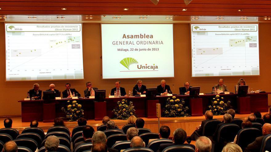 Braulio medel los bancos junto a los pol ticos son los for Unicaja oficinas malaga