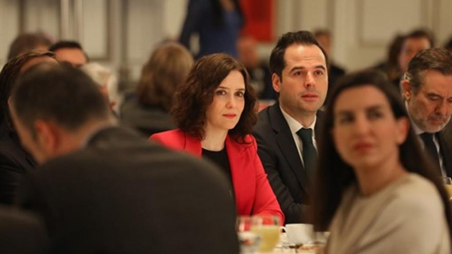 Isabel Díaz Ayuso e Ignacio Aguado, durante un desayuno informativo el pasado febrero.