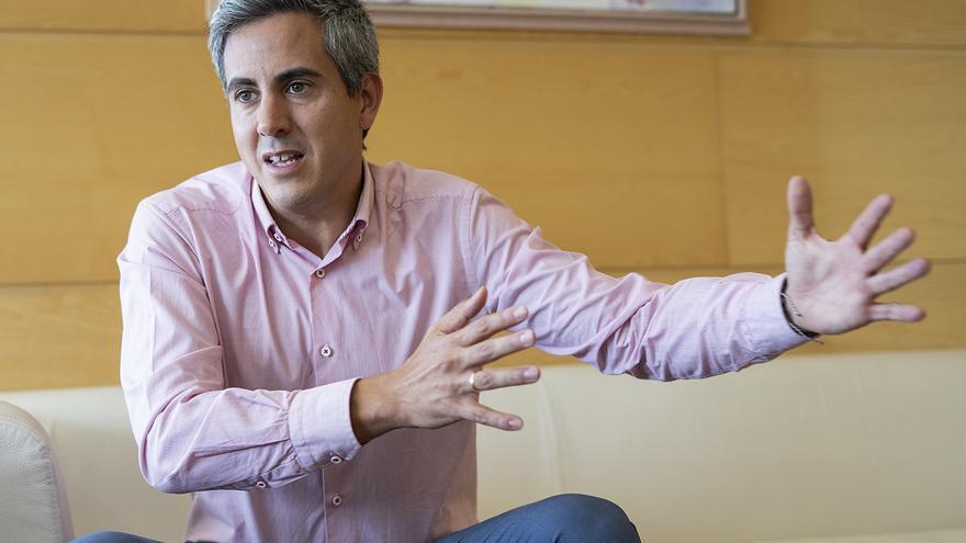 El vicepresidente y consejero del Gobierno de Cantabria, Pablo Zuloaga (PSOE). | JOAQUÍN GÓMEZ SASTRE