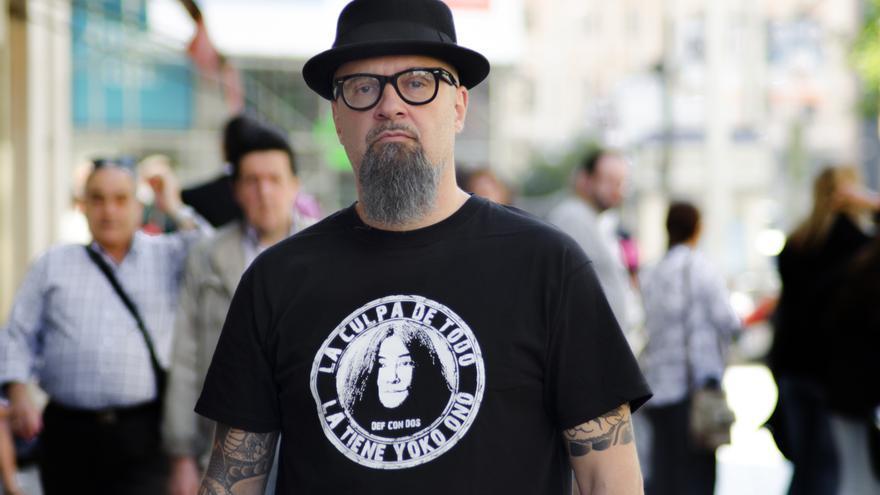César Strawberry, líder de la banda de rap Def Con Dos \ Foto: Alejandro Navarro Bustamante