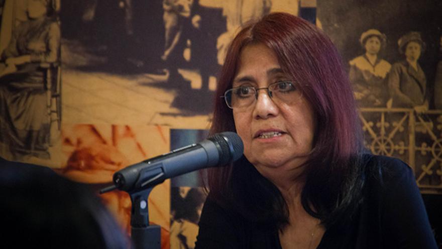 La periodista mexicana afincada en Guatemala Rosalinda Hernández Alarcón, cofundadora del colectivo y la publicación feminista laCuerda. | Foto: Eric Castaneyra. Cedida a eldiario.es.