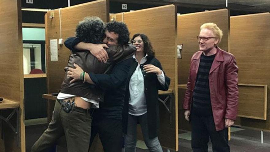 Reencuentro de 'Los hombres de Paco' con sorpresa de la pareja protagonista