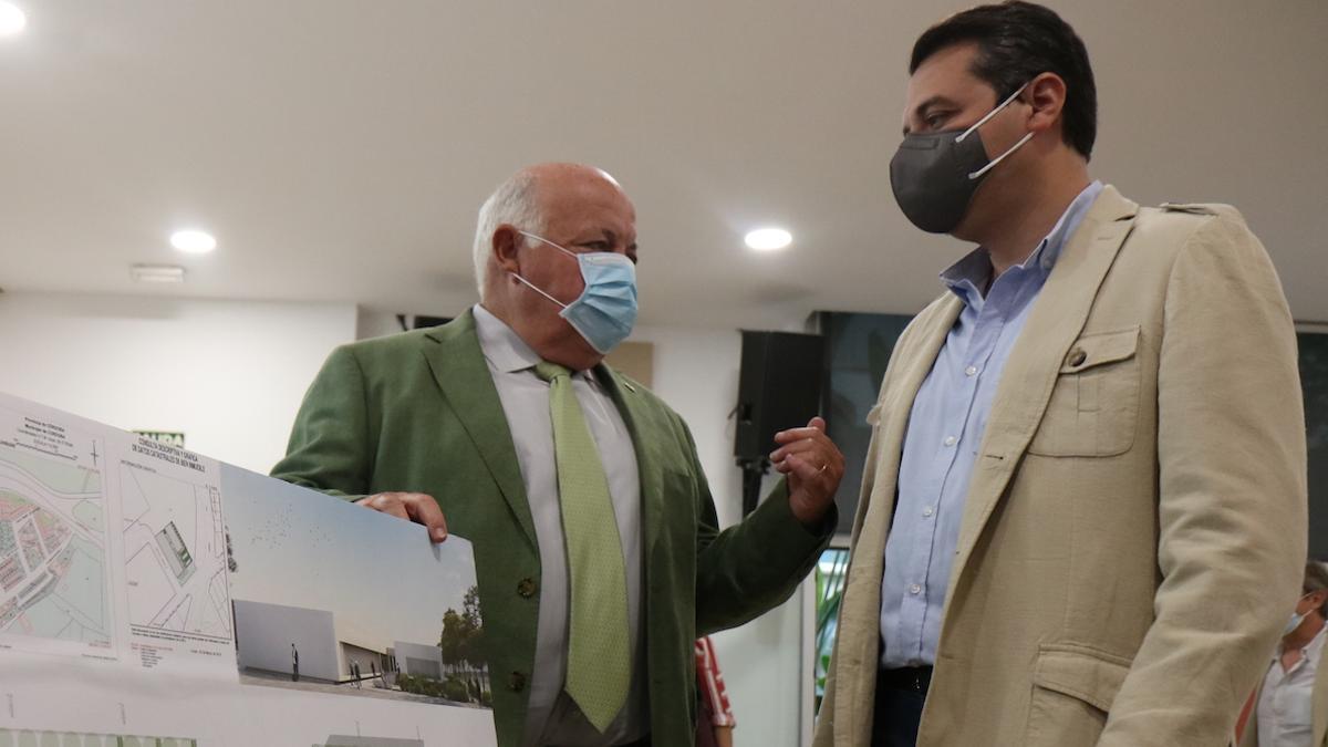El consejero de Salud y el alcalde de Córdoba