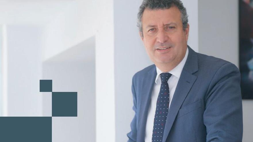 El alcalde de La Rinconada, Javier Fernández, abre el nuevo ciclo.