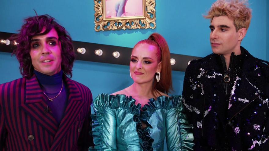 Los Javis y Anna Locking en el set de 'Drag Race España'