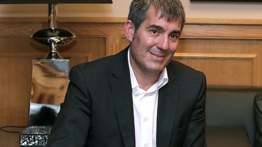 Fernando Clavijo, presidente del Gobierno de Canarias. (EFE).