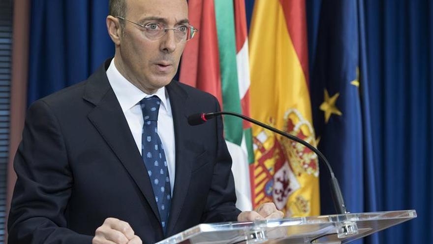 Delegado del Gobierno vasco ofrece colaboración a Urkullu desde el respeto a las normas