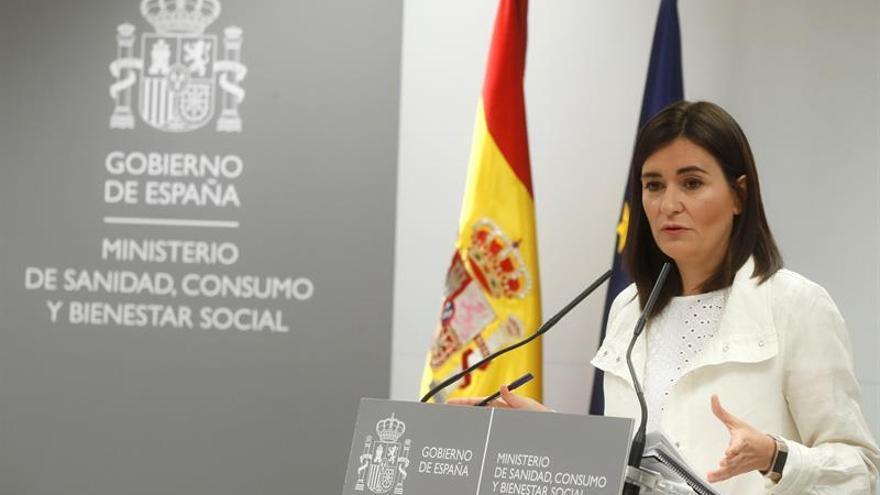 Dimite la ministra Montón por las irregularidades en su máster en la URJC