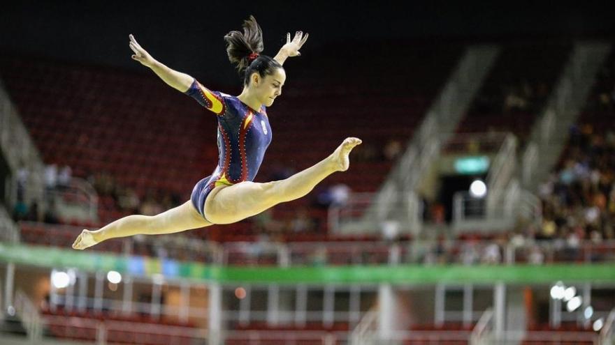 Ana Pérez, campeona de España absoluta de gimnasia artística