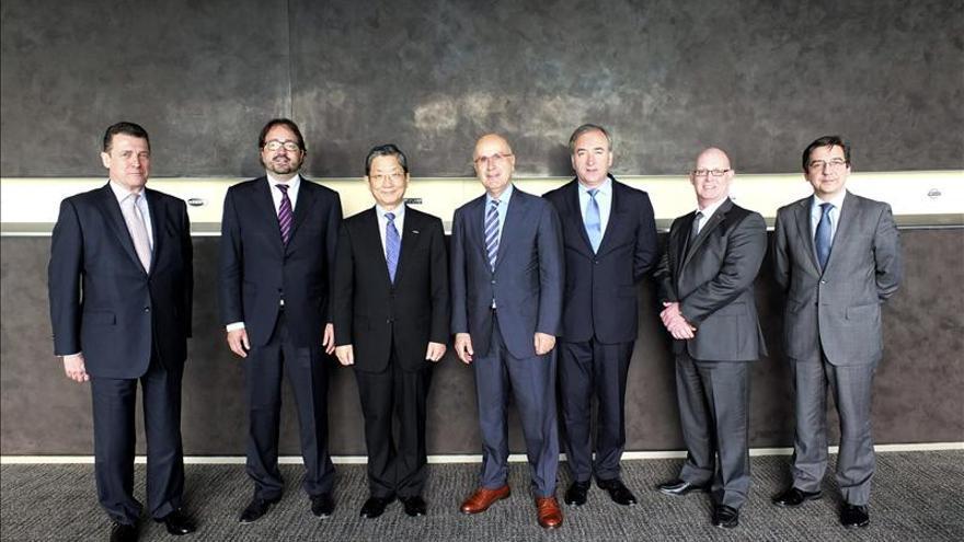 Una delegación del Congreso visita la sede de Nissan en Japón