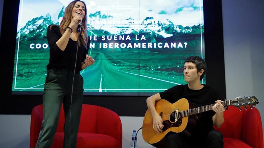 """Bebe: para escribir """"Diferentemente iguales"""" me he inspirado en Iberoamérica"""