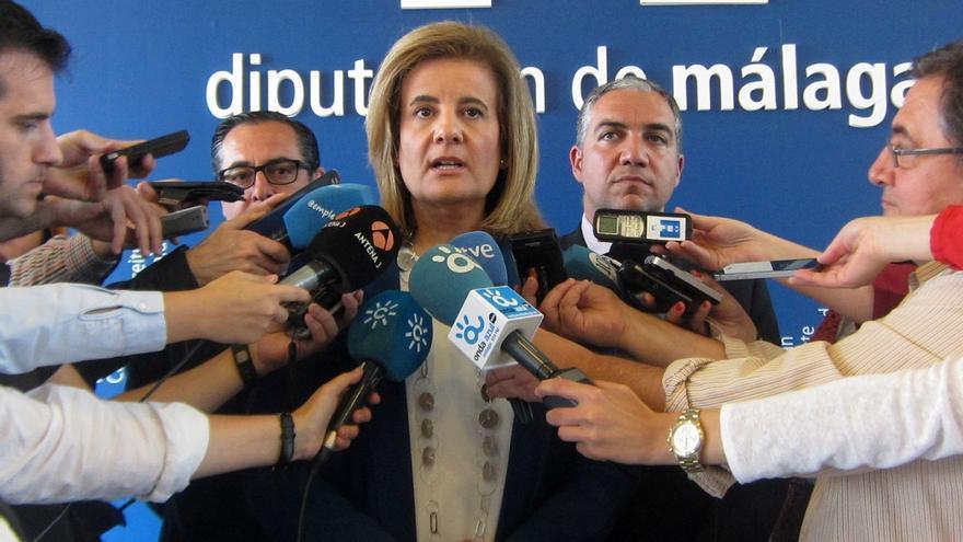 La comisión de investigación del Parlamento andaluz espera este lunes a la ministra Fátima Báñez