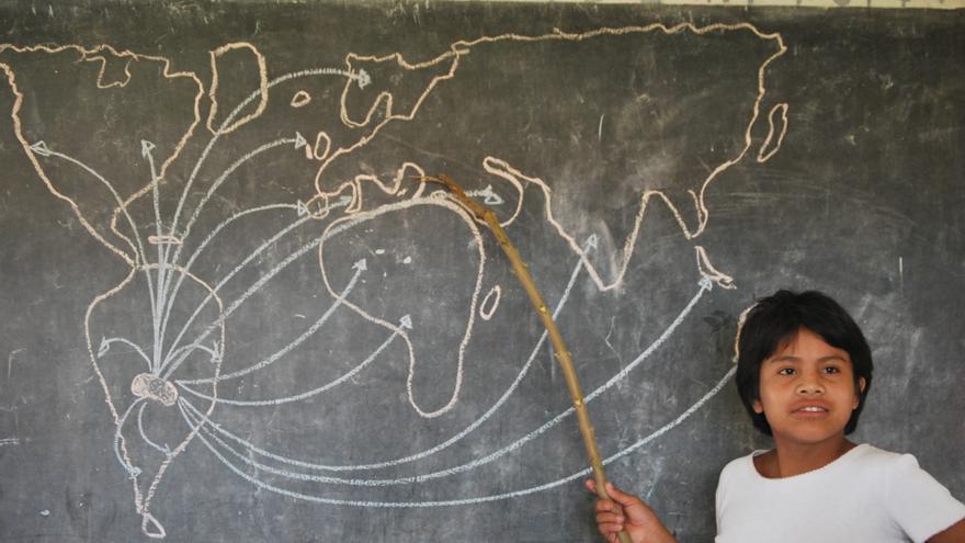 Las TIC potencian estrategias de trabajo docente y enriquecen los aprendizajes de los alumnos. Foto: OEI