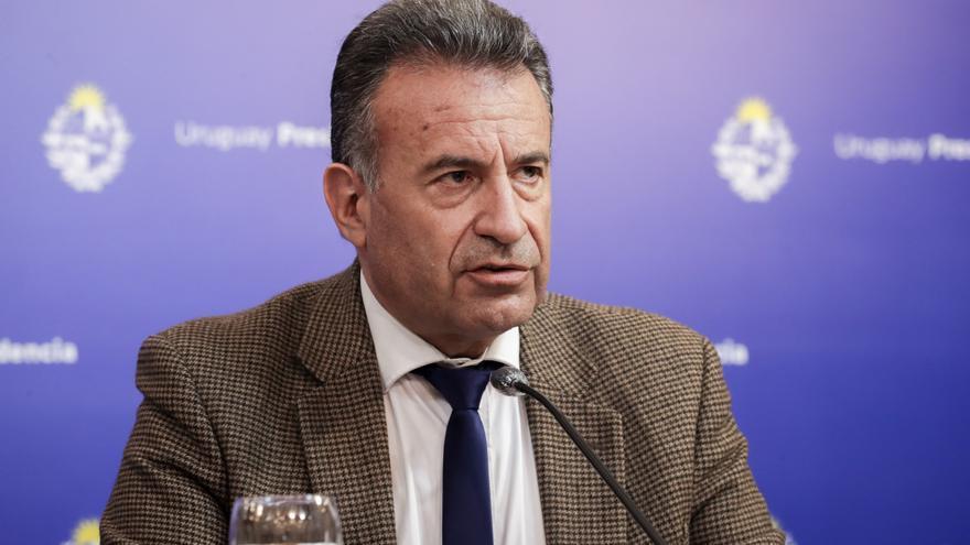 Gobierno uruguayo se reúne ante preocupación por aumento de casos de covid-19