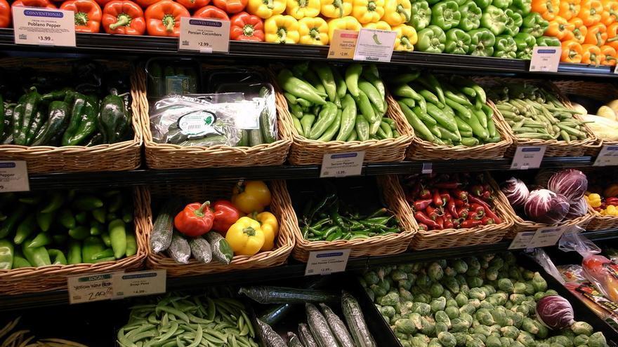 El impacto ambiental de frutas y verduras es menor que el de productos de origen animal