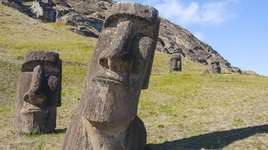 Los moáis de Isla de Pascua.