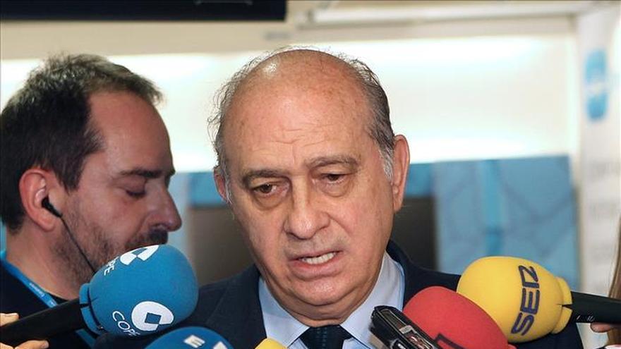 Fernández Díaz, convencido de que el Constitucional avalará la ley de Seguridad