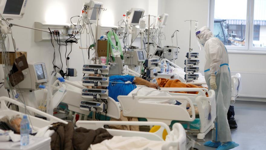 El mundo llega a los 100 millones de casos de covid-19, según Johns Hopkins