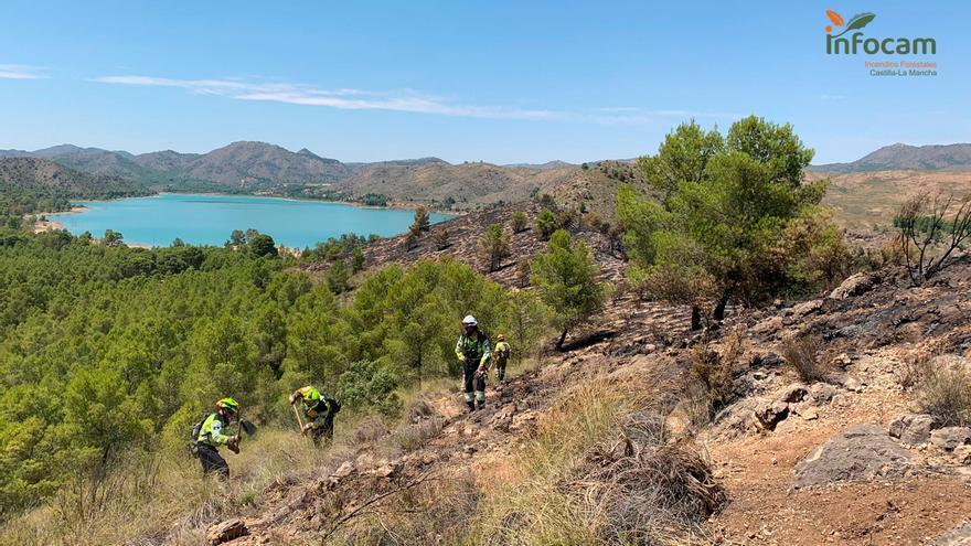 La UME se retira de Albacete tras la estabilización de unos incendios que han dejado más de 3 mil hectáreas afectadas