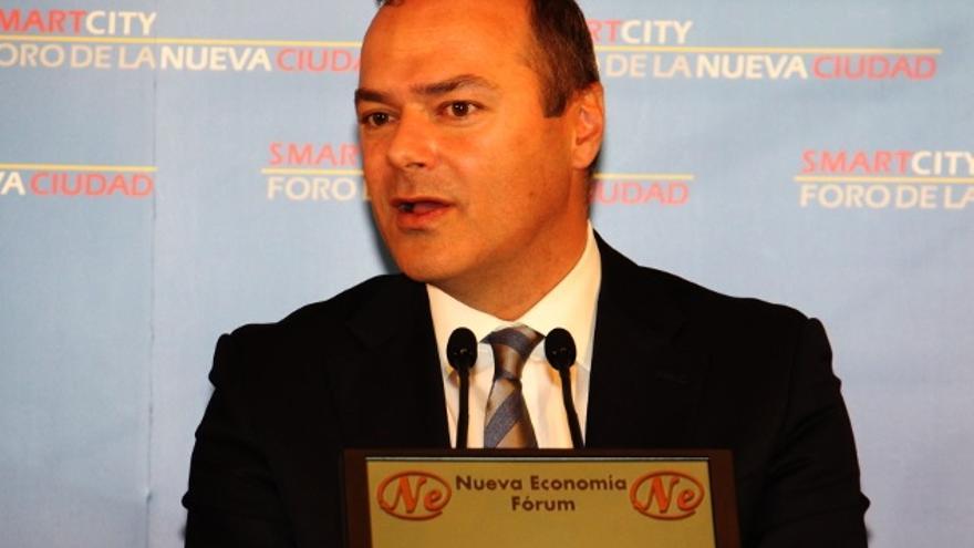 Augusto Hidalgo en el Foro de la Nueva Ciudad