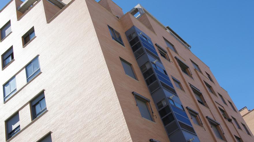 El Congreso apuesta por limitar la responsabilidad del deudor al bien hipotecado en una primera vivienda