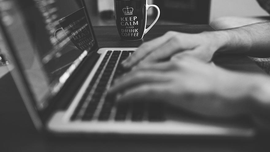 Polémica alrededor de una nueva propuesta de ley para hacer responsables a páginas web de anuncios como Backpage de los contenidos publicados por sus usuarios