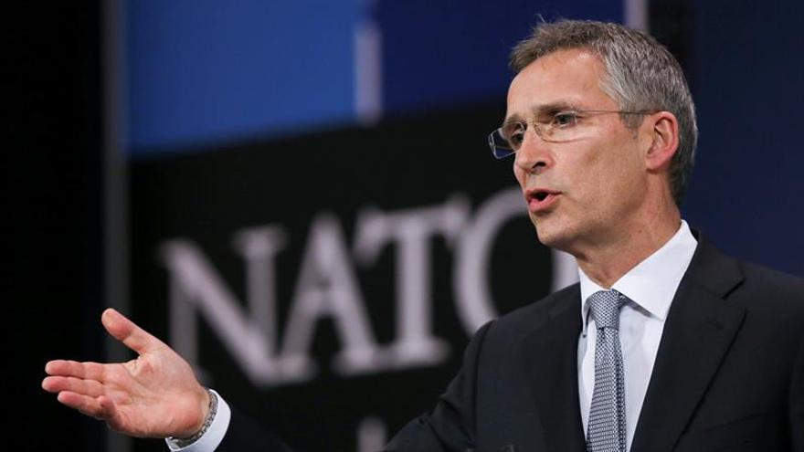 La OTAN recuerda a Erdogan que debe respetar valores democráticos de la Alianza