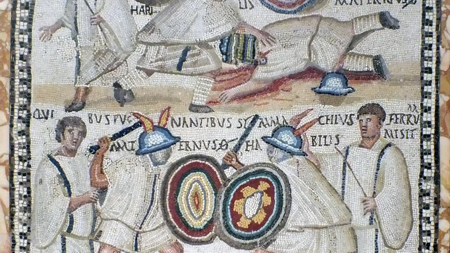Mosaico con gladiadores exhibido en el Museo Arqueológico Nacional de España.