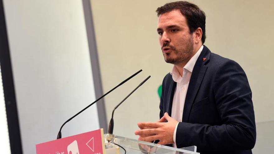 Garzón (IU) pide que Juanma Moreno (PP) declare en el caso Bárcenas