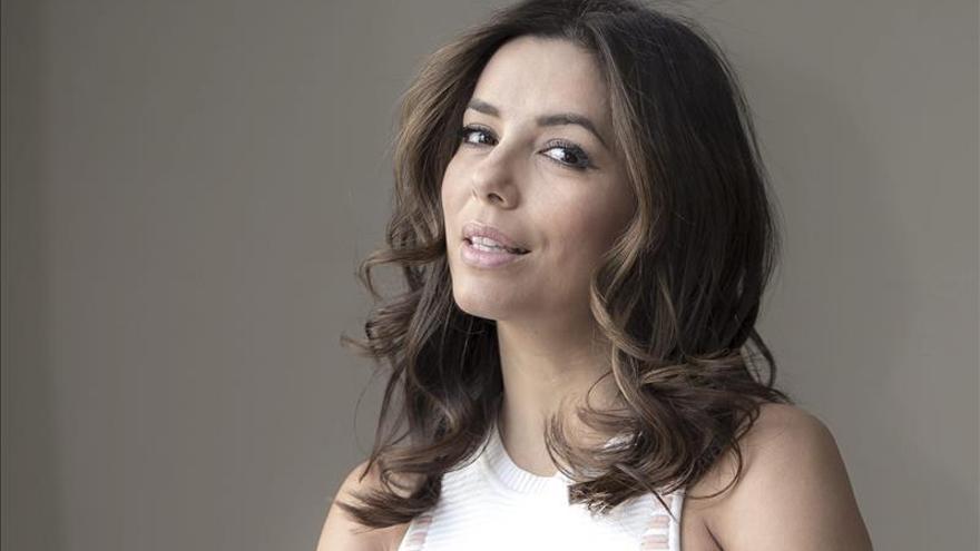 Eva Longoria dice haber sentido rechazo de la comunidad latina por no hablar bien español