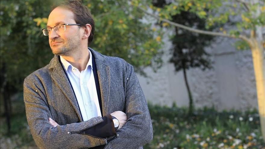 Herrera aboga por nacionalizar el sistema eléctrico y pide la dimisión de Soria
