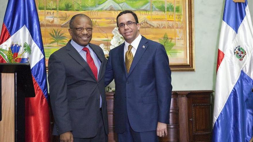 Se inicia la reunión de los cancilleres de Rep. Dominicana y Haití tras el cierre de los consulados