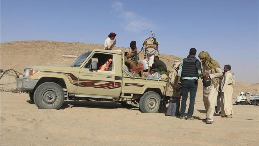 80 muertos en Yemen en combates entre rebeldes y fuerzas del presidente Hadi