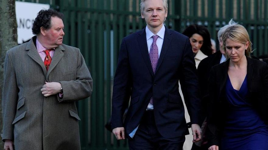 Abogada Assange pide a los diputados británicos que ayuden a resolver el caso