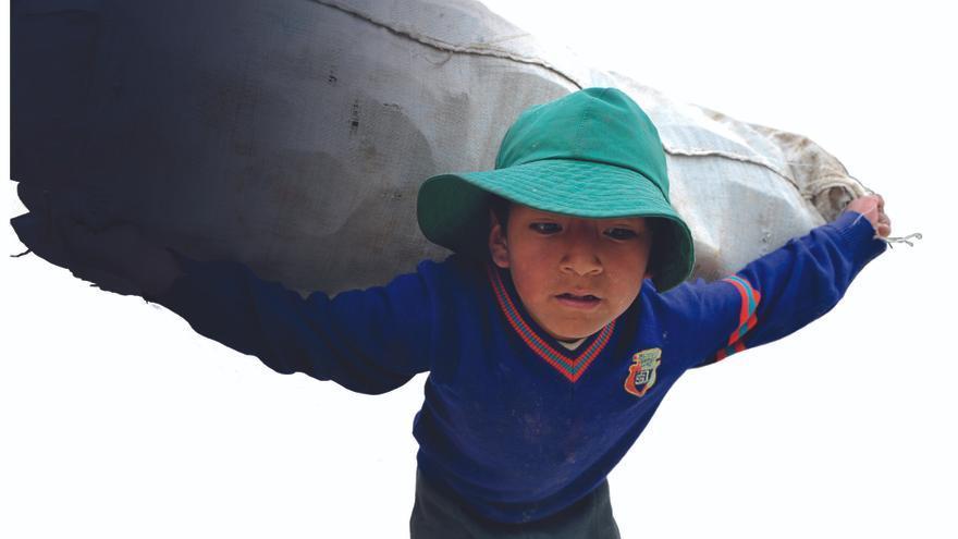El número de niños que trabajan es superior al de niñas con 99,8 millones frente a 68,2 / Fotografía: OIT