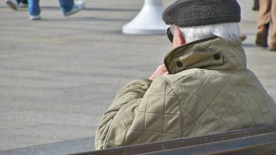 Imagen de archivo de un hombre de avanzada edad.