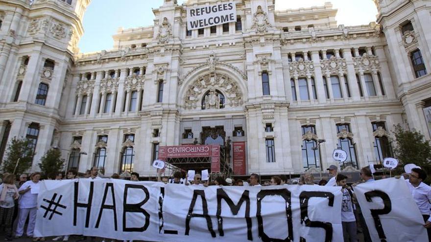 """La plataforma 'Hablamos' reclama en Madrid """"diálogo"""" en el conflicto catalán"""