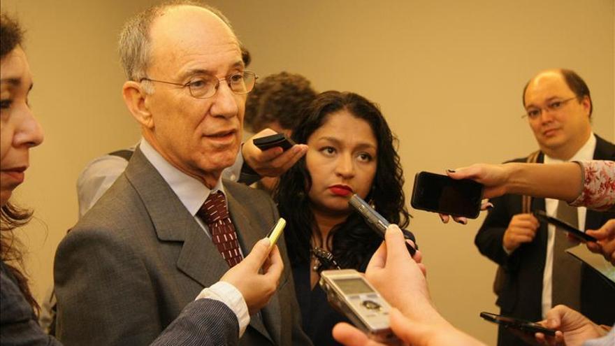 Partido de Rousseff pide la revisión de la línea de investigación del caso Petrobras