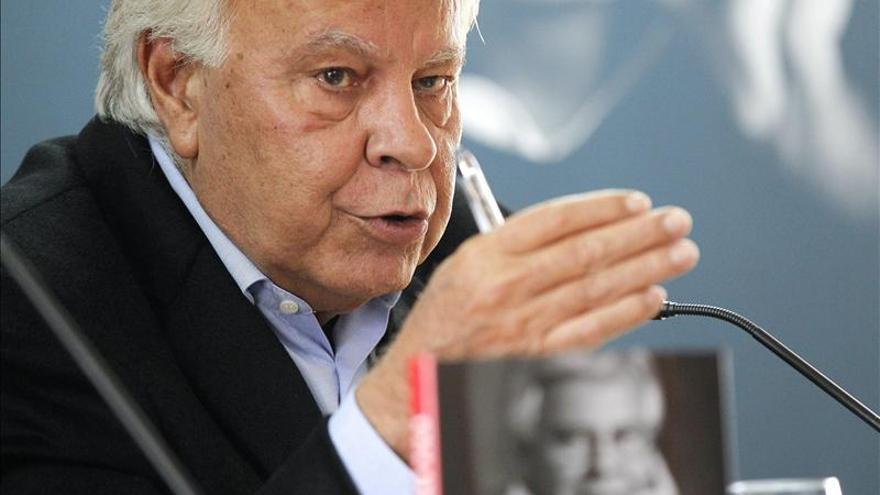 """González dice que """"Rubalcaba es la mejor cabeza, pero tiene una crisis de liderazgo"""""""