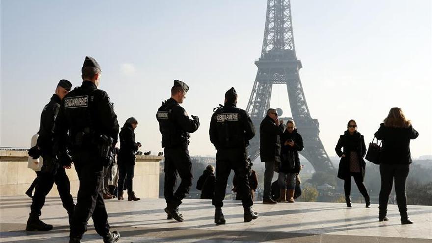 Encuentran un cinturón de explosivos como el de los atentados al sur de París