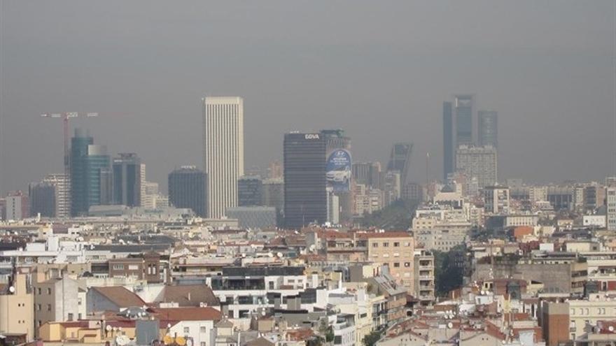Sevilla, entre las doce ciudades que rebasan el límite de la OMS de partículas más contaminantes, según estudio