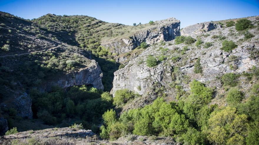 La ruta 'Geología y aguas' , en el Parque Natural del Barranco del Río Dulce (Guadalajara) FOTO: areasprotegidas.castillalamancha.es