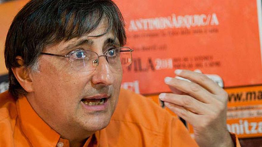 El periodista Pascual Serrano ha publicado el libro 'Periodismo canalla'.