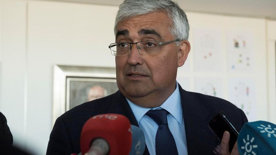 El TSJA cita como investigado al consejero andaluz de Economía