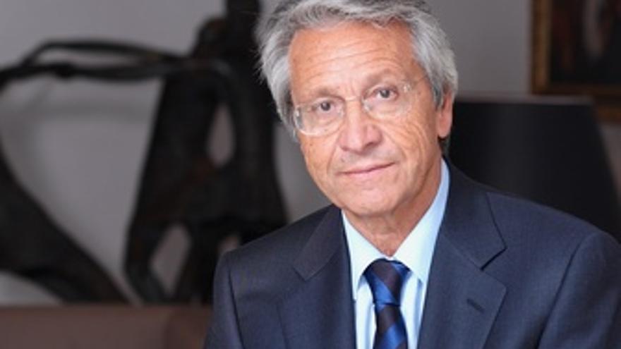 El presidente de Caixanova, Julio Fernández Gayoso.