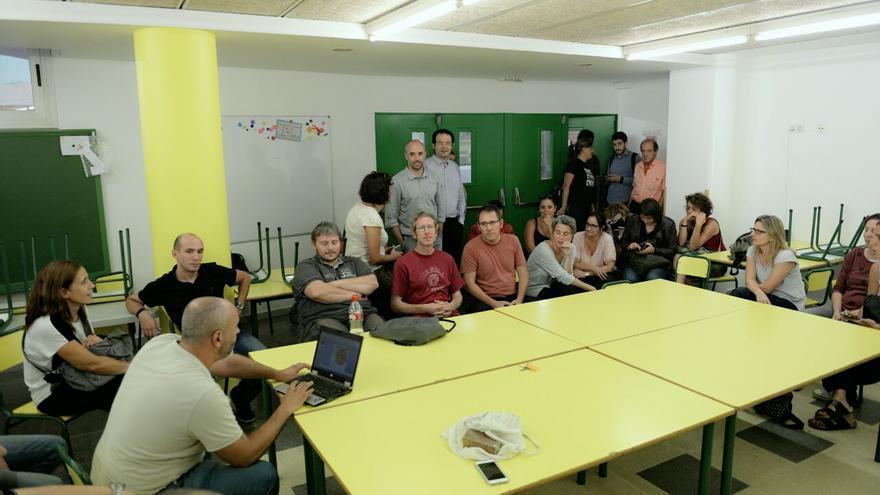 Ocupación del colegio Auró por parte de activistas y comunidad educativa
