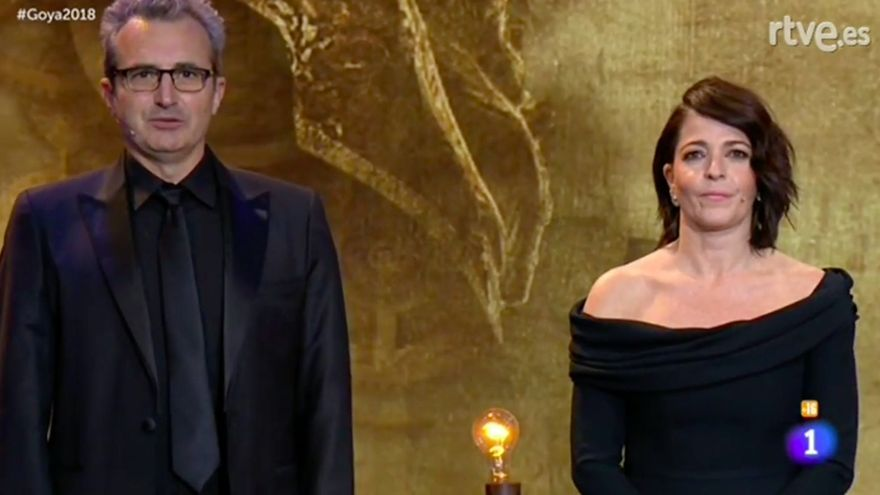 Nora Navas y Mariano Barroso, durante el discurso.
