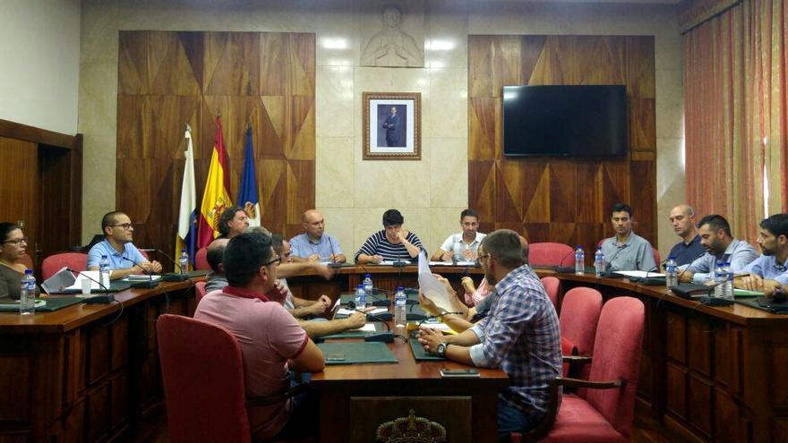 Reunión de responsables del Cabildo y ayuntamientos.