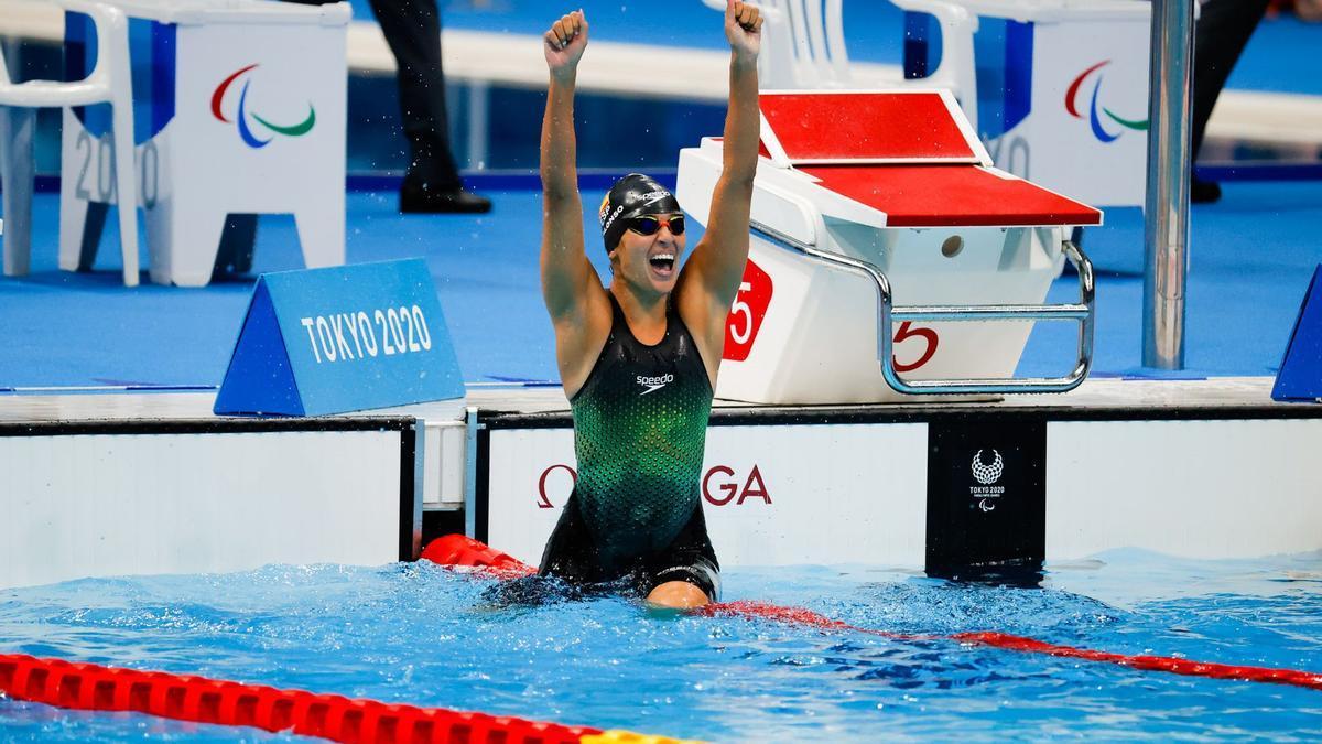 Michelle Alonso, celebrando su oro en Tokio